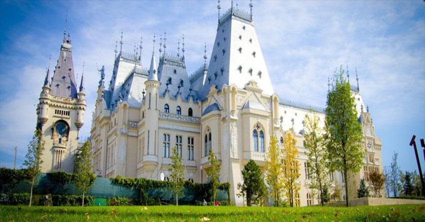 Румъния и Молдова отблизо с посещение на Букурещ, Бъзау, Яш, Кишинев, Браила, манастирите Хънку и Каприяна