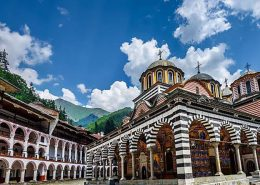 Рилски манастир, Роженски манастир, Мелник, Рупите