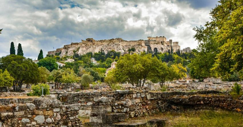 Заедно с гръцките богове в Атина